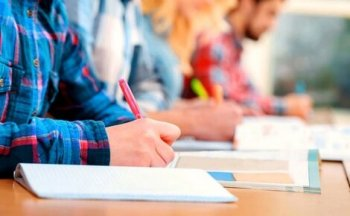 В Правительстве одобрили инициативу отмены экзаменов бакалавра. Осталось дождаться решения Парламента