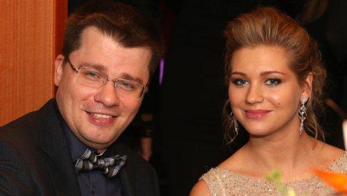 Харламов объявил о разводе с Кристиной Асмус