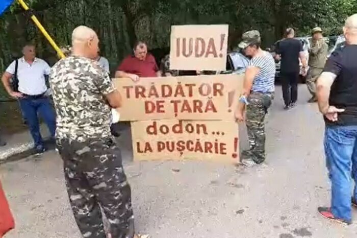 Ветераны вооруженного конфликта на Днестре снова требуют отставки Додона