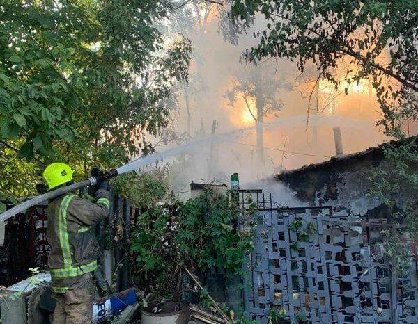 В Кишиневе сгорел жилой дом: подробности проишествия