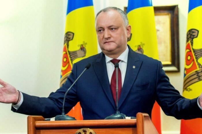 Меньше в два раза? Вместо 50 тысяч тонн дизтоплива Россия передаст Молдове только 20 тысяч - Додон не уточнил причины