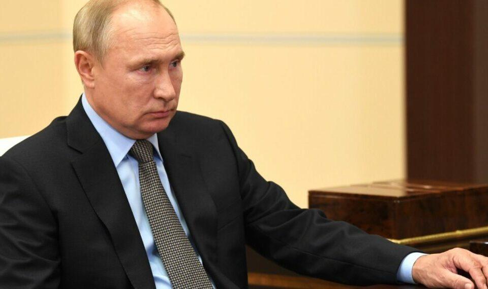 Премьер-министр Армении поговорил с Путиным по поводу конфликта в Карабахе