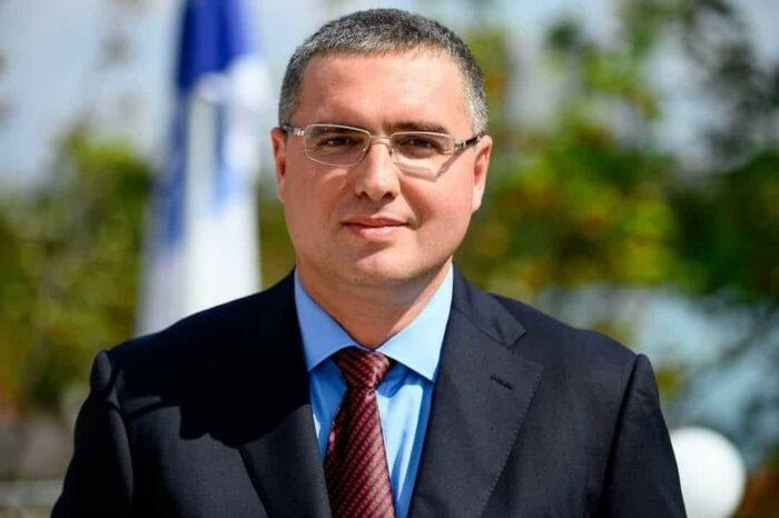 Ренато Усатый получил удостоверение кандидата в президенты