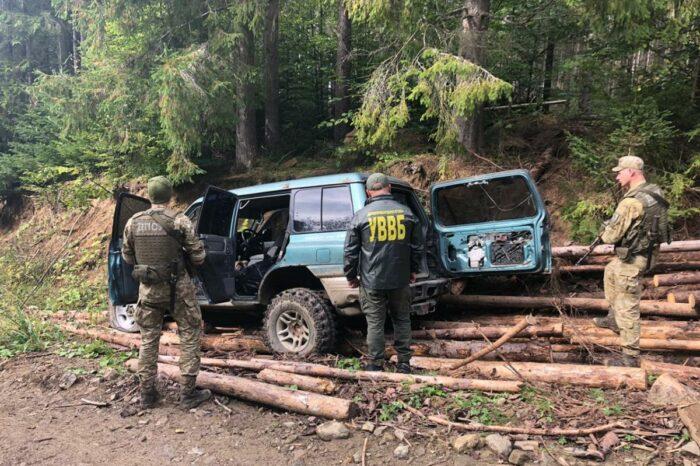 Украинские пограничники открыли стрельбу по контрабандистам